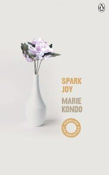 Spark Joy: An Illustrated Guide to the Japanese Art of Tidying-Kondo Marie