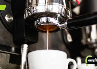 Tani i dobry ekspres do kawy – niedrogie ekspresy, które sprawdzą się w domu!