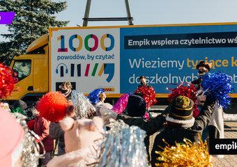 """Wielki finał """"1000 powodów, by czytać"""". Ciężarówka Empiku ruszyła do szkół!"""