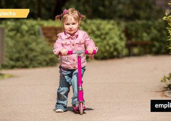 Wybieramy hulajnogę dla najmłodszych – polecane hulajnogi dla 2-, 3-latka
