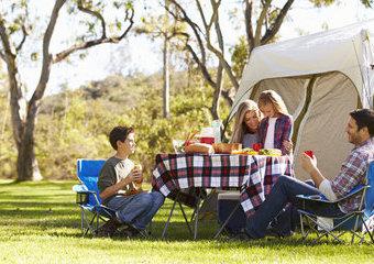 Wybieramy namiot dla całej rodziny – polecane namioty rodzinne dla 4-6 osób