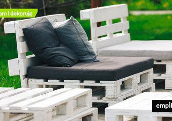 Wybieramy poduszki na meble z palet – propozycje poduszek ogrodowych na palety