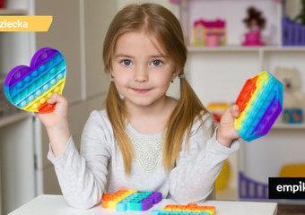 Zabawki sensoryczne – co wybrać i dlaczego warto?