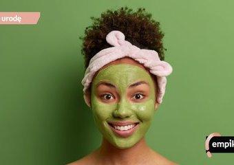 Zielona glinka – idealna na trądzik. Jak zrobić maskę z zielonej glinki?
